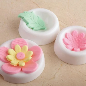 Gum Paste Flower Forming Cups